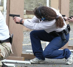Handgun Combatives for the Female Officer